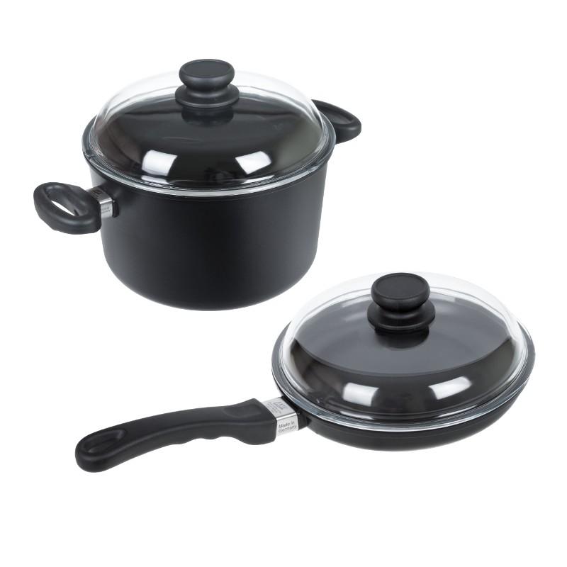 Sada 2ks titanového nádobí K243 + K241 AMT Gastroguss, Německo K243+K241 Kvalitní sada 2ks titanového nádobí obsahuje titanovou pánev K243 a titanový hrnec K241. Sada nádobí je za zvýhodněnou cenu oproti nákupu samostatných kusů.